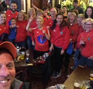 Matty Hayes selfie and the EHH gang in the pub post Lodon Marathon 2016